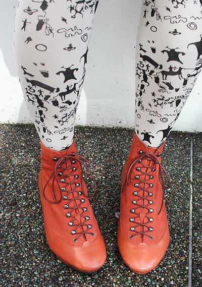 vagabondstyle_leggingsshoes.JPG