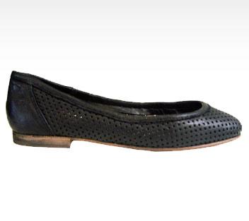 twentytwoshoes_lia_black_1.jpg
