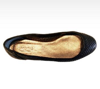 twentytwoshoes_lia_black_2.jpg