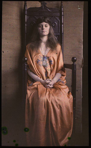 eastman_autochrome_throne.jpg