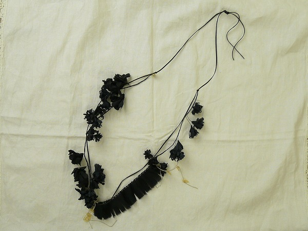 coton, japanese, black flower necklace, accessories, the looksee