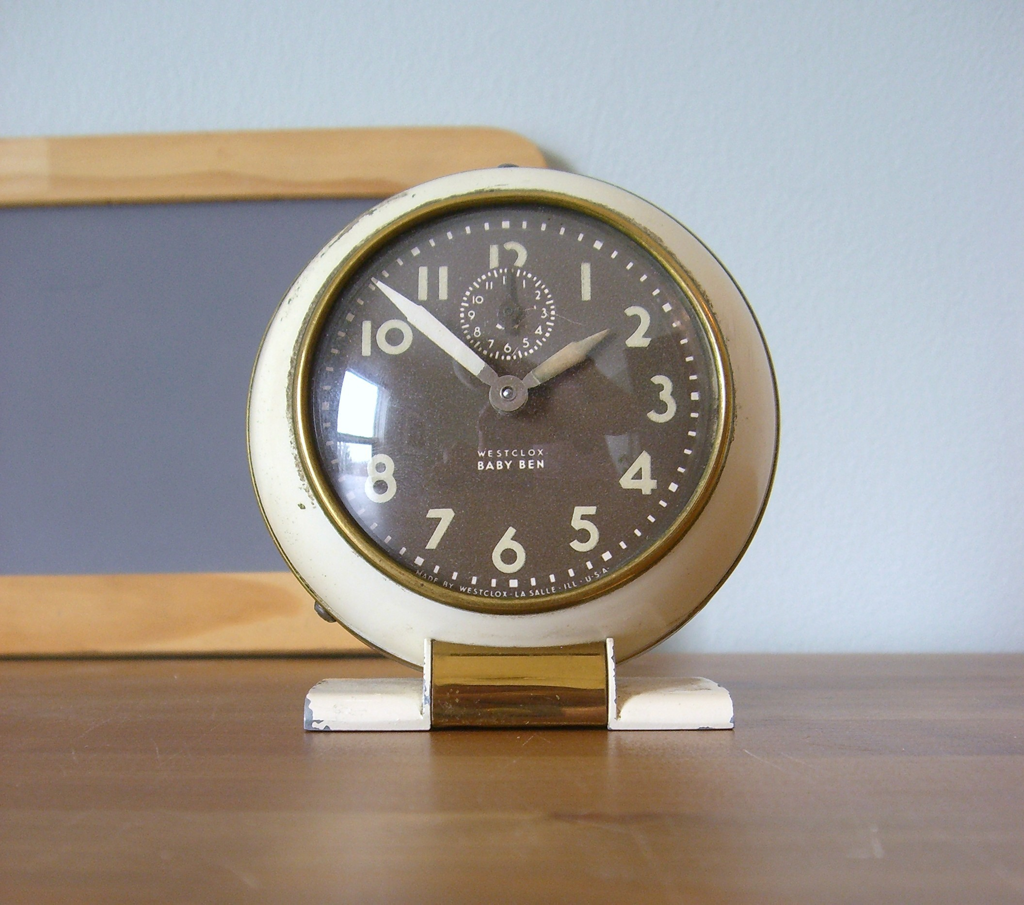hellovictory_baby ben clock,  desk, office, shop, etsy, thelooksee