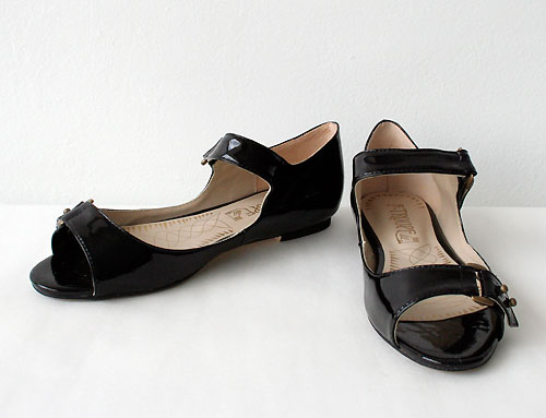 f troupe, 2 strap flat patent, shoes, thelooksee