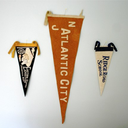 ethan ollie, pennants, vintage, etsy, thelooksee