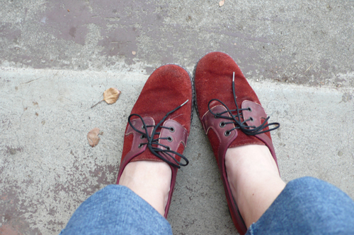 vintage, finds, thrifted, suede, shoes, oxford, thelooksee