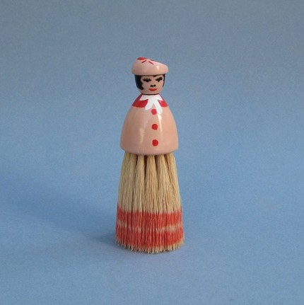 uncommon_eye_ladybrush, etsy, vintage, shopping, finds, charm, thelooksee