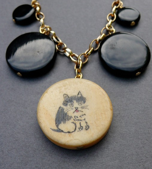 the looksee, jewelry, cat, vintage beads, bone, horn, fashion