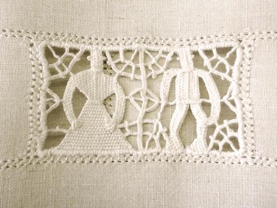 vintage_guesttowel_crochet_vintagepickle.jpg